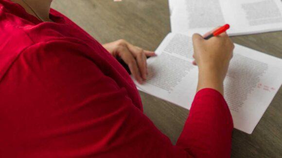 Troel-Aanbod-Redigeren-Redactie-Nakijken-Papieren