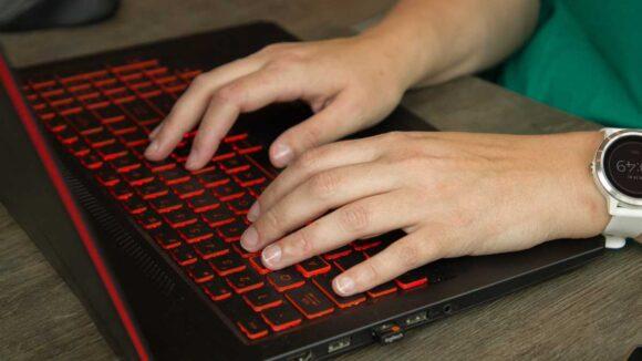 Troel-Aanbod-Tekstschrijven-Tekstschrijver-Schrijven-Toetsenbord